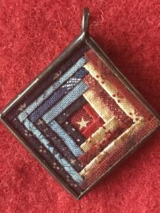 Charm - Log Cabin Blue/Red Pendant image